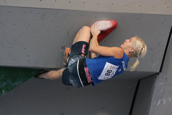 jenny-lavarda-climb