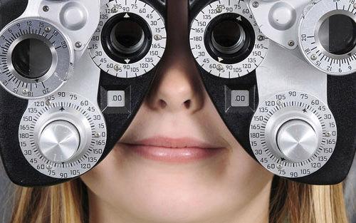 microchirurgia oftalmica pediatrica