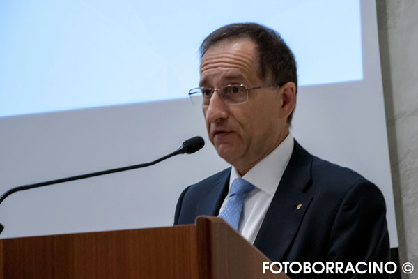 Dott. F. Cracco Presidente dell'Ordine dei Farmacisti di Vicenza